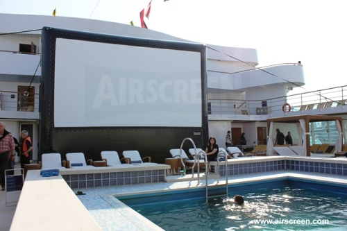 Open-Air-Kino auf hoher See