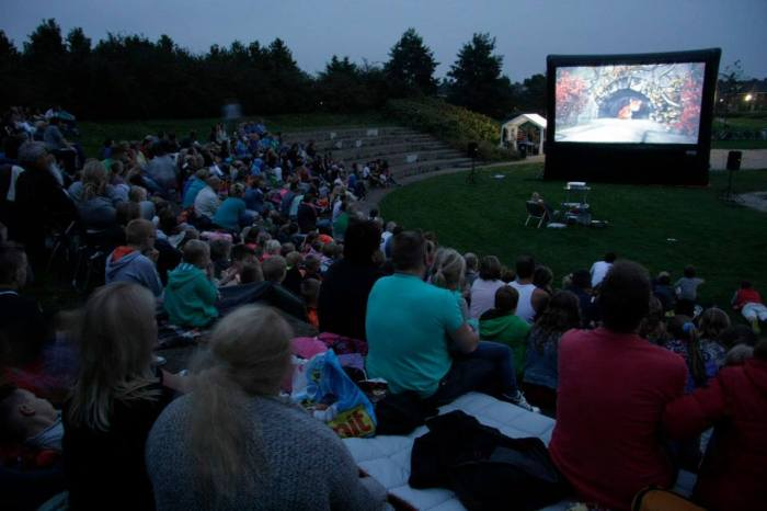 Open-Air-Kino mit Solarstrom